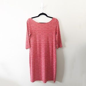 Leota Red Patterned Dress Wrinkle Free Washable